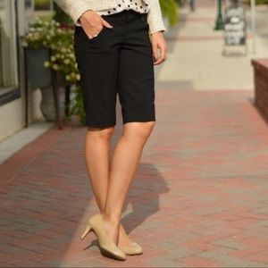 Cachè Black Bermuda Shorts with silver buttons